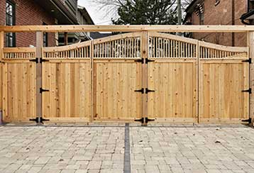The Main Benefits and Potential Downsides of Wooden Gates | Gate Repair Queens, NY